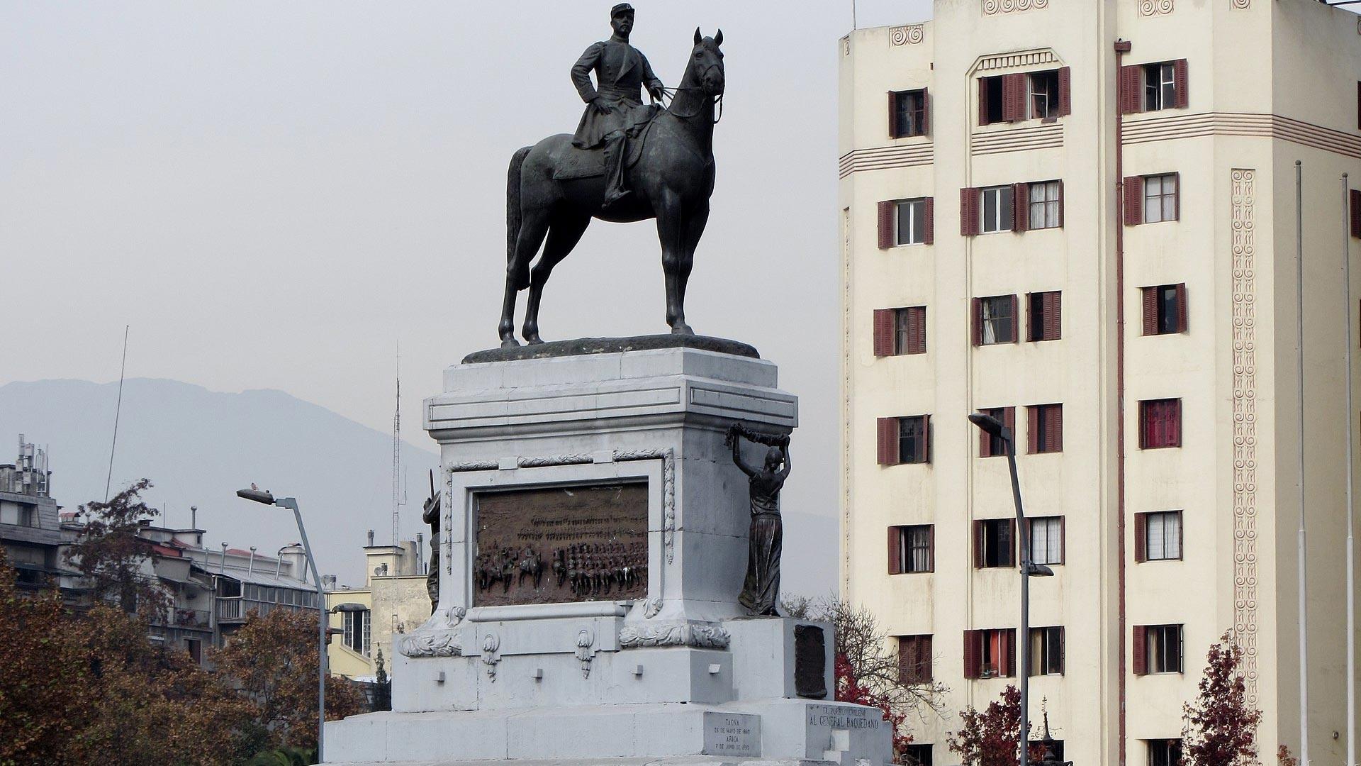 Consejo de Monumentos Nacionales retirará estatua de Baquedano