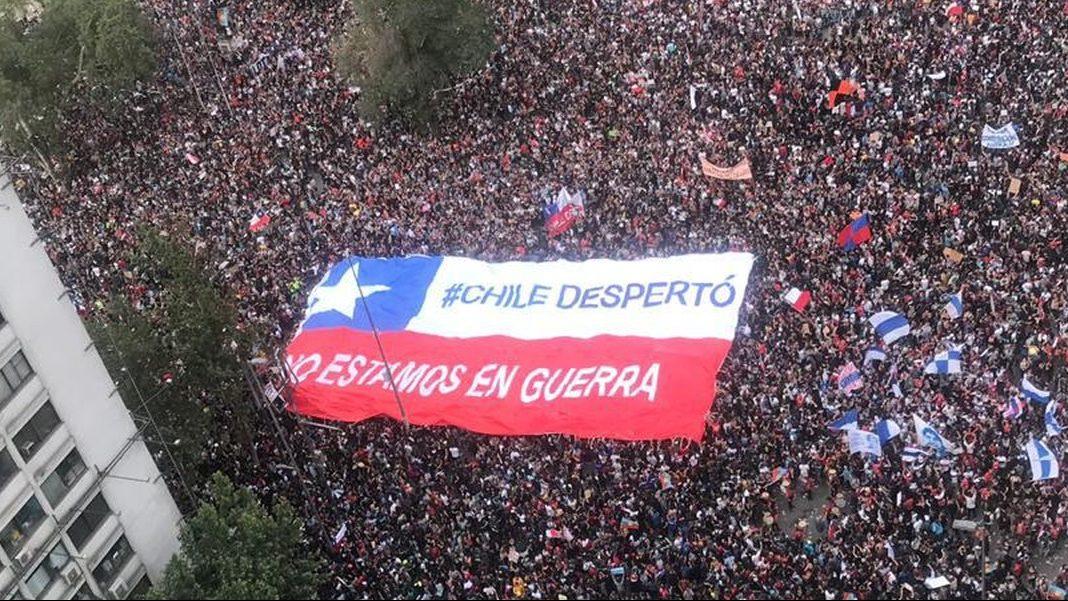 Diversas organizaciones sociales convocan a movilizaciones contra gobierno de Piñera por acudir al TC ante proyecto del tercer retiro de fondos de AFP´s