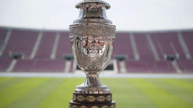 Copa América con público en los estadios: el ofrecimiento del gobierno a Conmebol como plato de fondo al Pase de Movilidad