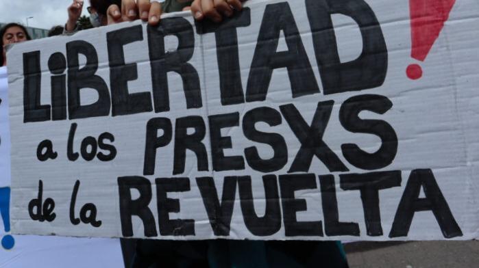 LIBERTAD A LxS PRESxS DE LA REVUELTA