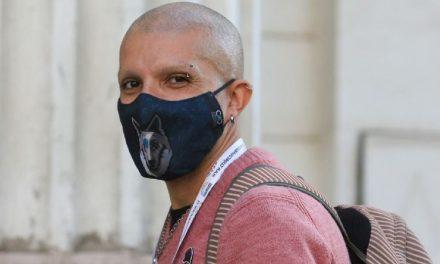 Rodrigo Rojas «Pelao» Vade renuncia a la Convención Constitucional